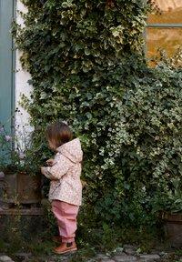 Wheat - ADA TECH - Parka - rose flowers - 0