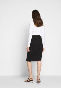 KARL LAGERFELD - CADY SKIRT - Pencil skirt - black - 2