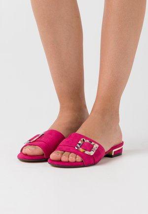 Pantofle - fuchsia