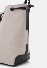 Marc O'Polo - CECILIA - Handbag - beige melange - 4