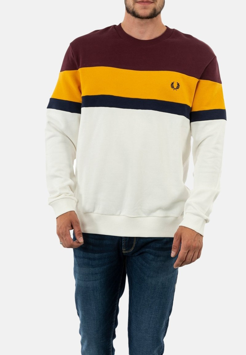 Fred Perry - Collegepaita - rouge