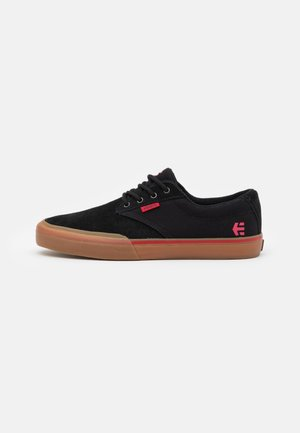 JAMESON - Zapatillas skate - black/red