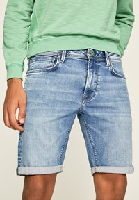 Pepe Jeans - STANLEY - Denim shorts - blue - 3