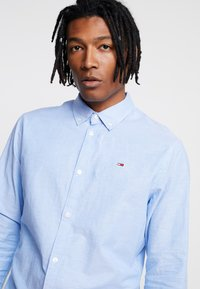 Tommy Jeans - OXFORD SHIRT - Chemise - blue - 3