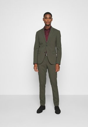 PLAIN MENS SUIT - Kostuum - army