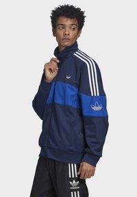 adidas Originals - BANDRIX TRACK TOP - Training jacket - blue - 3