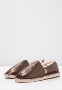 flip*flop - FLIPPADRILLA  - Slippers - brown sugar - 2