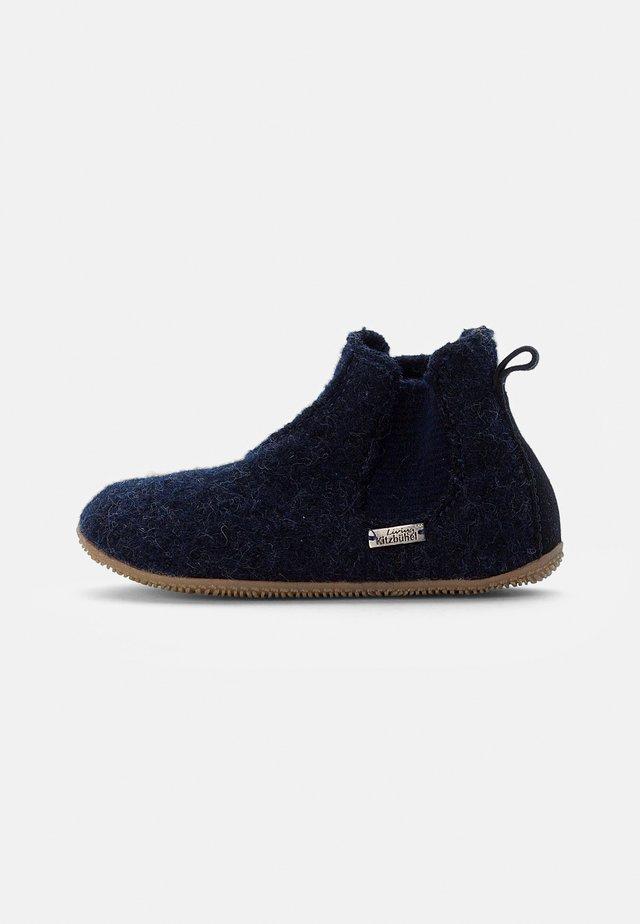 CHELSEA BOOT - Pantoffels - nachtblau