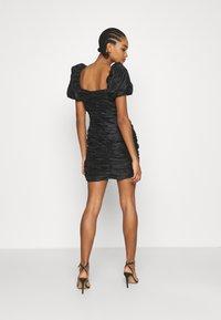 NA-KD - PUFFY SLEEVE DRAPED MINI DRESS - Cocktail dress / Party dress - black - 2