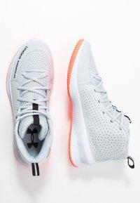 Under Armour - UA JET - Basketball shoes - halo gray/white /black - 1