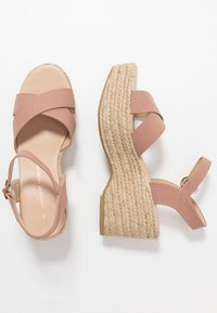 Dorothy Perkins - RUMBA MID HEIGHT EASY FLATFORM  - High heeled sandals - pink - 3