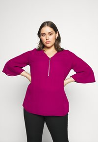 CAPSULE by Simply Be - ZIP FRONT BLOUSE - Blouse - magenta - 0