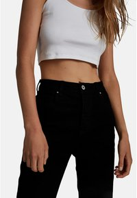 Cotton On - HIGH STRETCH - Straight leg jeans - black - 3
