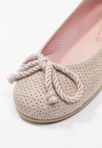 Pretty Ballerinas - PUNTINI - Ballerina - safari - 2
