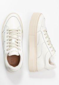 Selected Femme - SLFANNA NEW TRAINER  - Trainers - white - 3