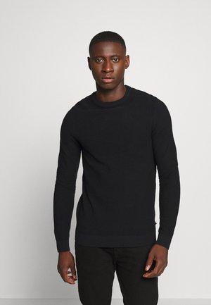 JJEAARON  - Stickad tröja - black
