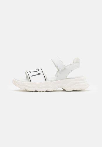 Sandals - white