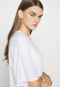 Even&Odd - T-shirts - white - 4