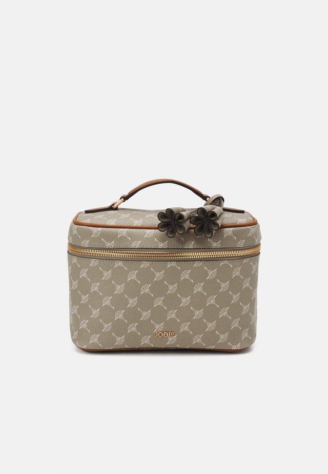CORTINA FLORA WASHBAG - Kosmetická taška - mud