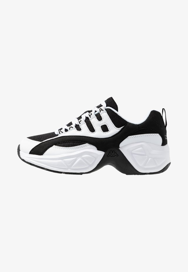 OVERTON - Scarpe da fitness - white/black