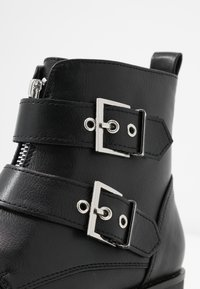 Anna Field - Cowboy/biker ankle boot - black - 2