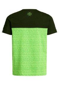 WE Fashion - T-shirt print - green, black - 4