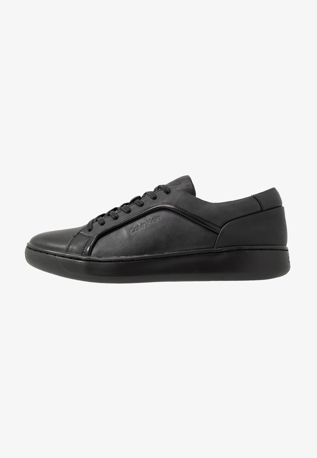 FORSTER LOW TOP LACE UP SOFT - Baskets basses - black