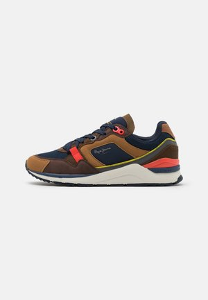 X20 RUNNER - Sneakers laag - tobacco
