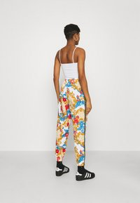 adidas Originals - TRACK PANTS - Joggebukse - multicolor - 2