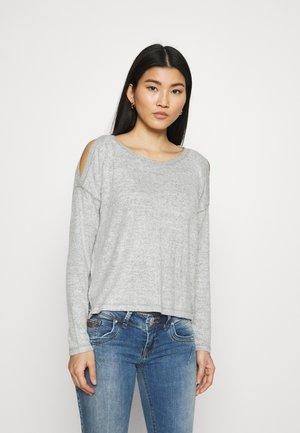COZY COLD SHOULDER - Sweter - gray