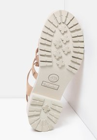 Timberland - VIOLET MARSH FISHERMAN - Sandals - light beige - 4