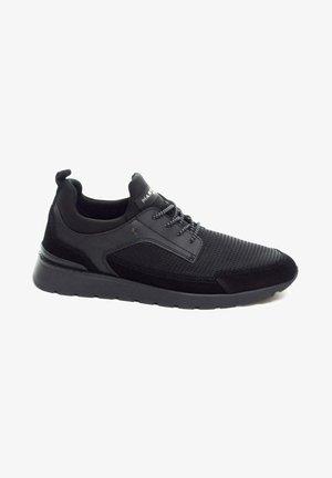 DEPORTIVO - Zapatillas - black