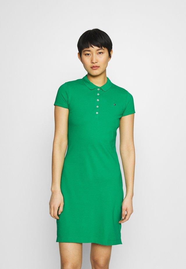 SLIM DRESS - Korte jurk - primary green