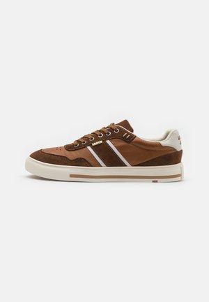 ELON - Sneakers basse - new nature