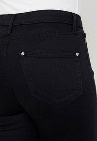 Miss Selfridge - LIZZIE - Jeans Skinny Fit - black - 5