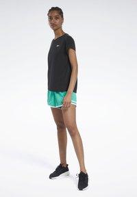 Reebok - WORKOUT READY SUPREMIUM DETAIL - Print T-shirt - black - 1