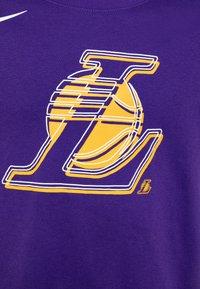 Nike Performance - NBA LA LAKERS LOGO TEE - Triko spotiskem - court purple - 2