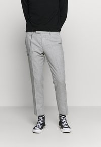 Twisted Tailor - MOONLIGHT CHAIN TROUSER - Pantaloni - light grey - 0