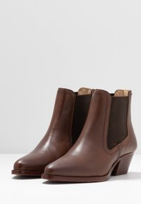H by Hudson - AVERY - Ankle boots - brown - 4
