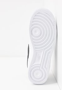 Nike Sportswear - AIR FORCE 1 - Sneakers laag - white/black - 6