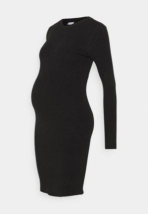 PCMPENNY O NECK DRESS - Gebreide jurk - black