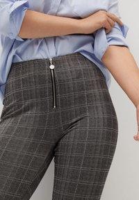 Violeta by Mango - SHARON - Leggings - Trousers - grey - 3