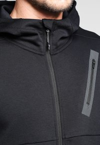 Puma - BONDED TECH  - Fleece jacket - black - 3