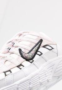 Nike Sportswear - P-6000 SE - Sneaker low - light soft pink/multicolor/white/black - 2