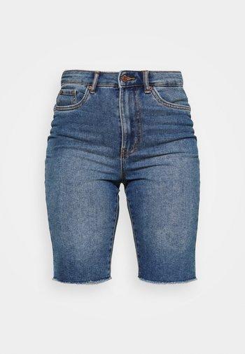 VMLOA FAITH MIX - Short en jean - medium blue denim