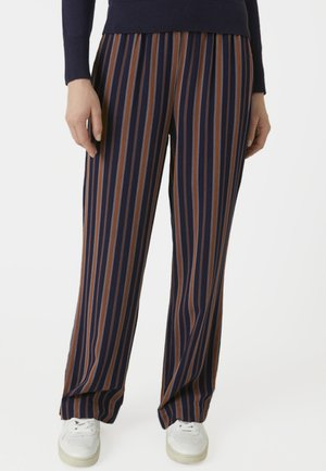 RELAXED FIT - Trousers - blue/maroon