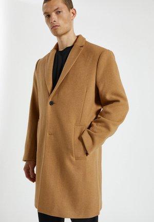 Zimní kabát - dark brown