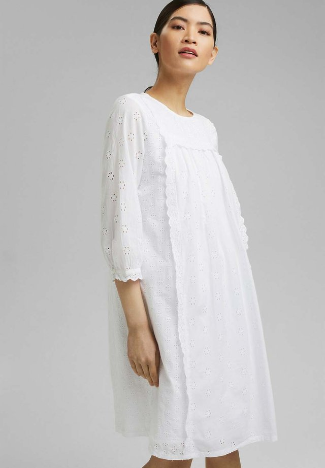 FASHION - Korte jurk - white