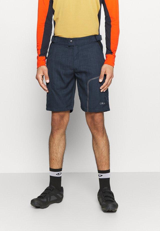 MAN FREE BIKE BERMUDA - Pantaloncini sportivi - cosmo