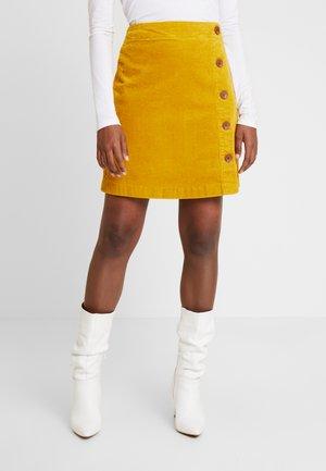 Zavinovací sukně - curry